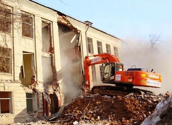 Снос зданий, домов в Великом Новгороде