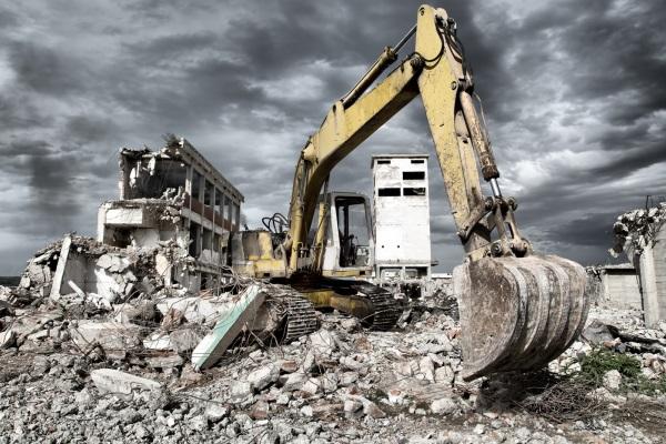 Уборка после демонтажа здания