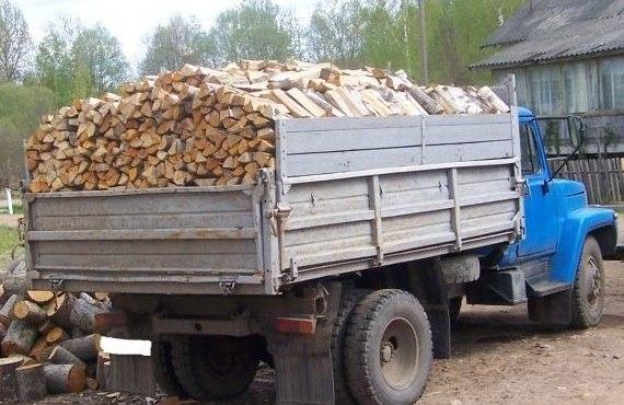 Полный кузов дров